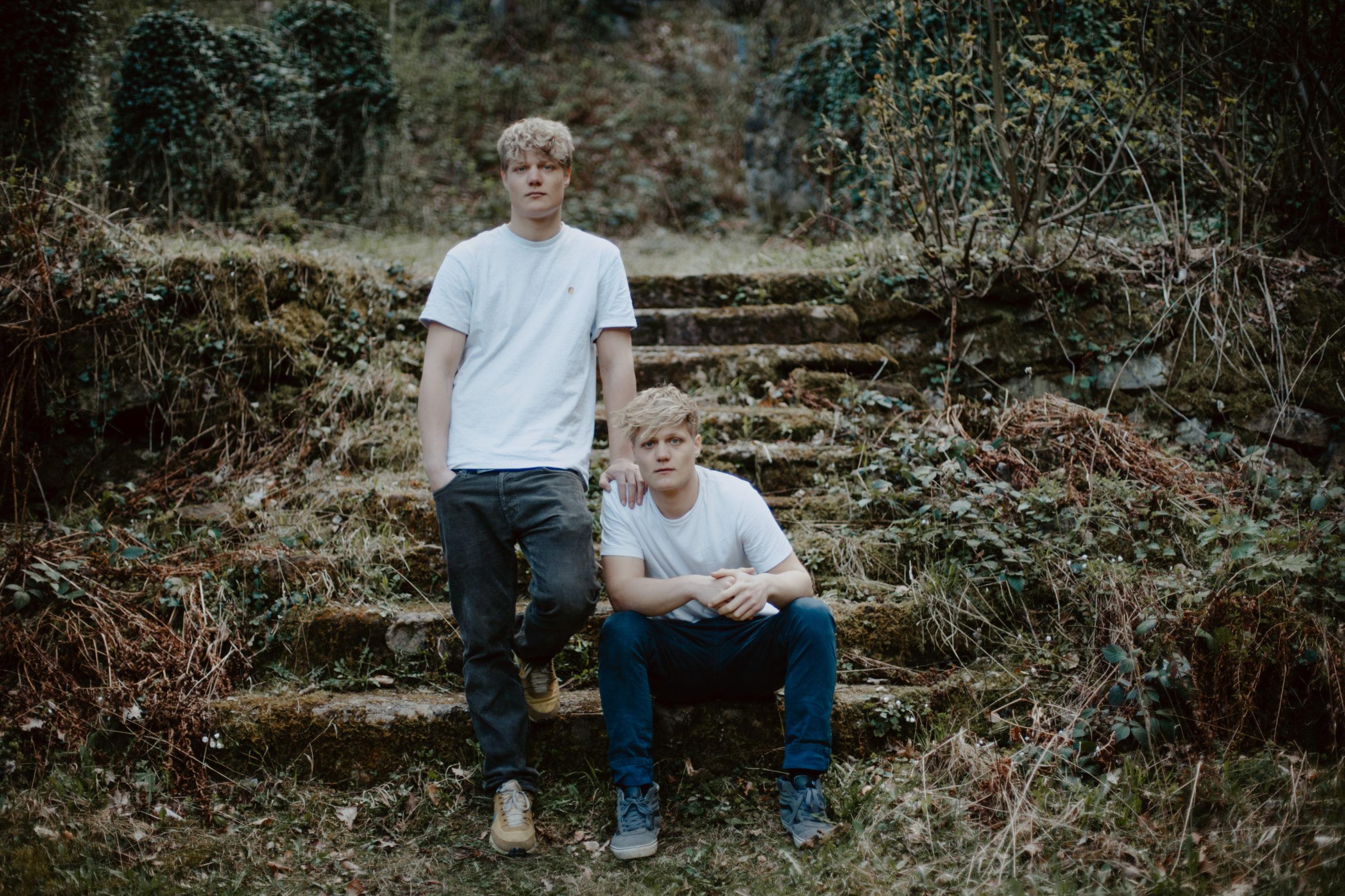 junge Singer-Songwriter Finn&Jonas aus Dortmund
